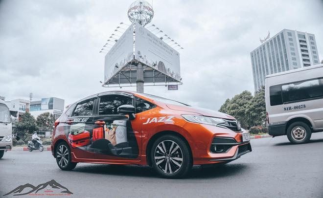 Honda Viet Nam tang qua toi 44 trieu dong cho khach mua xe Jazz hinh anh 1