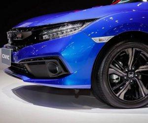 Đánh giá xe Honda Civic 1.5 RS 2019 về thiết kế đầu xe: Đèn pha.