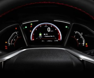 Bảng điều khiển xe Honda Civic 1.5 RS 2019: Cụm đồng hồ.