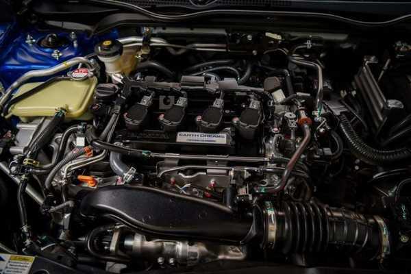 Đánh giá xe Honda Civic 1.5 RS 2019 về động cơ.